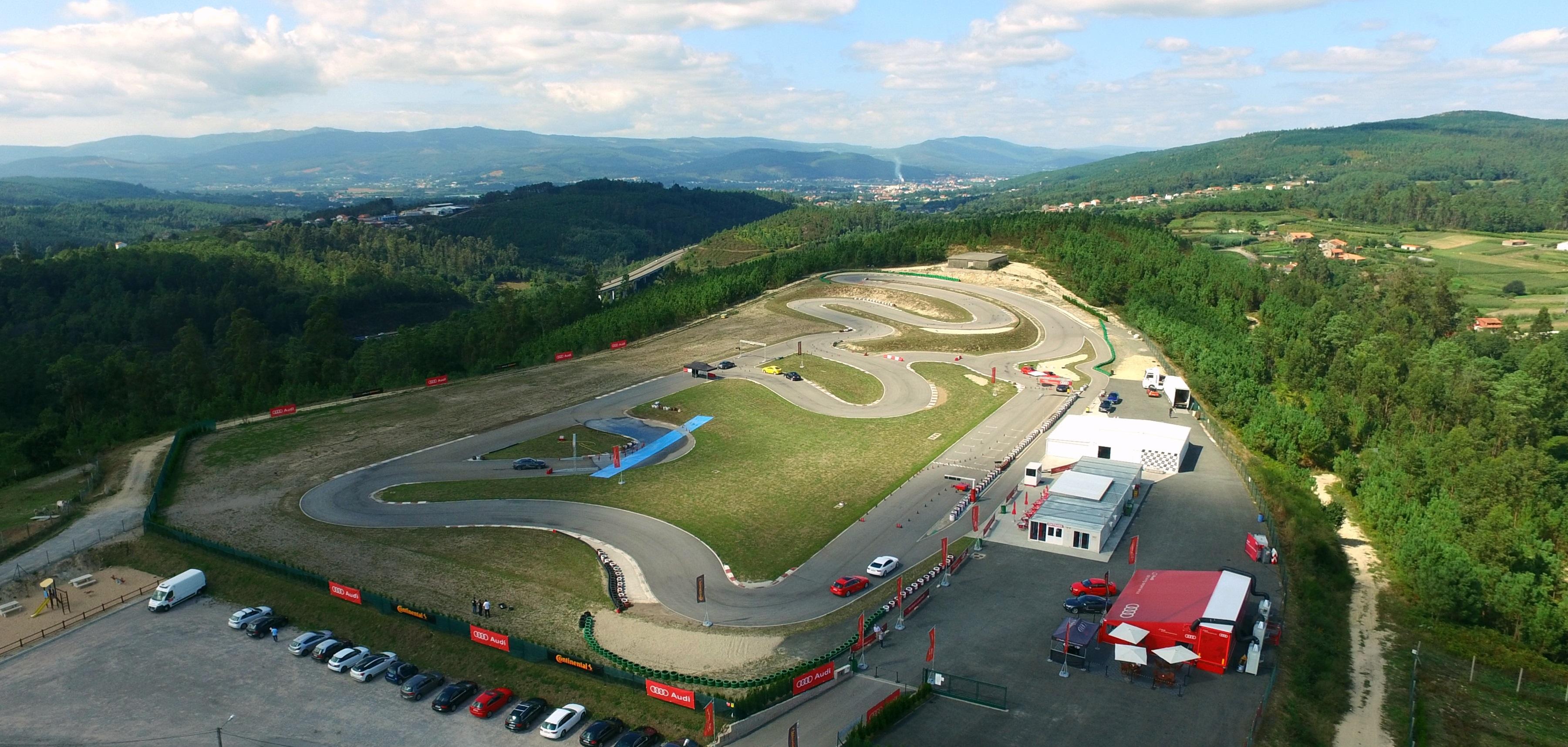 Circuito de karts en Valga . Karting en Pontevedra
