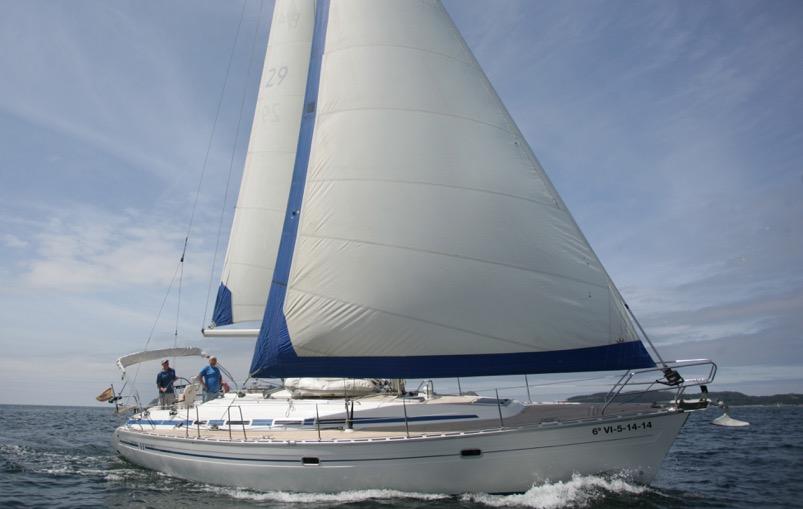 Los mejores barcos veleros para despedidas de soltero y soltera en Vigo