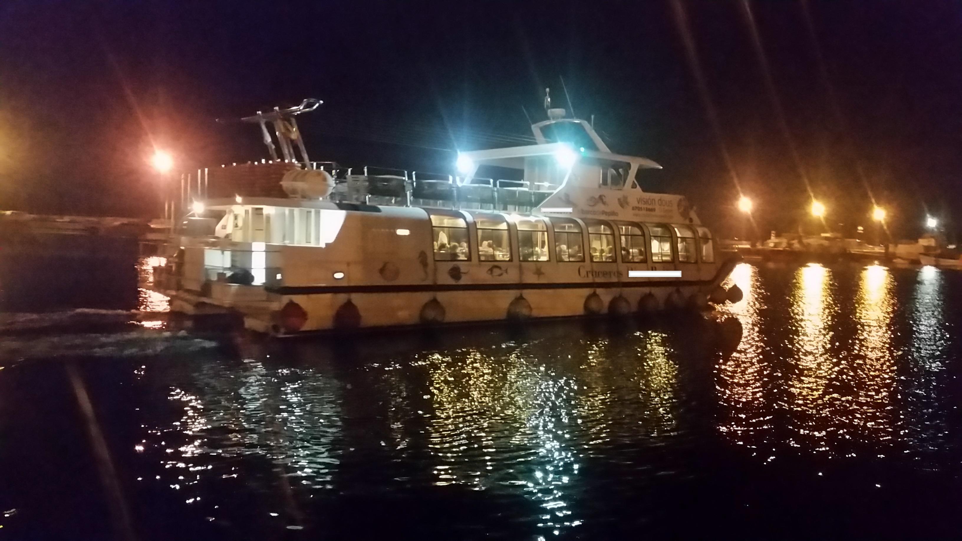 Despedidas de soltera en el barco de O Grove