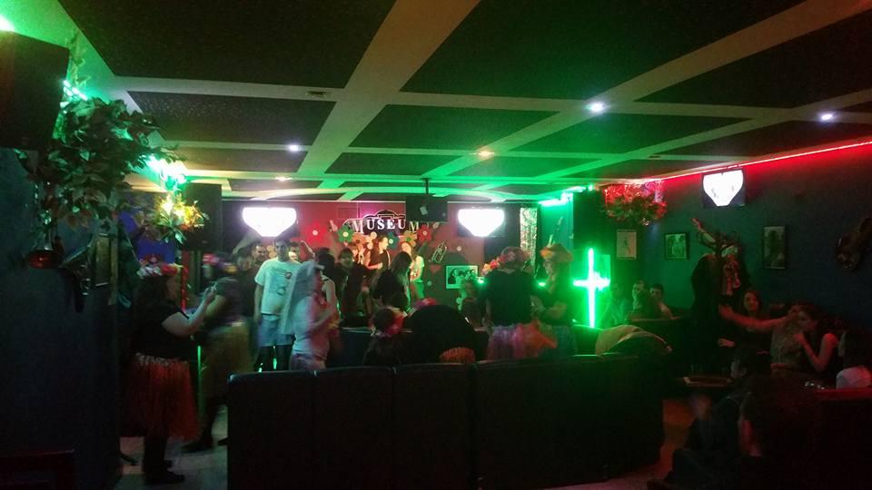 Los mejores restaurantes en Ourense para despedidas de soltero y soltera conjuntas